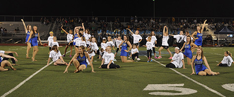 Little Pommies perform at game