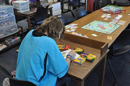 New Library Trend Comes to the LMC: Maker Space