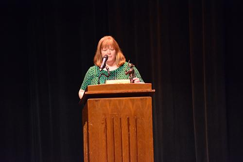 Mrs. Christina Geabhart giving speech while receiving the Knight Award.
